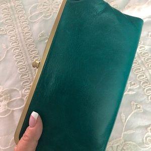 HOBO NWOT Lauren leather clutch-wallet